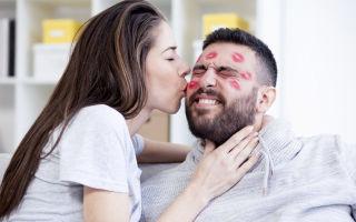 Что подарить парню на полгода отношений: правила и варианты