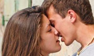 Французский поцелуй: подготовка, техника выполнения, ошибки