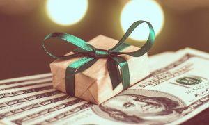 Как оригинально подарить деньги на день рождения мужчине: идеи