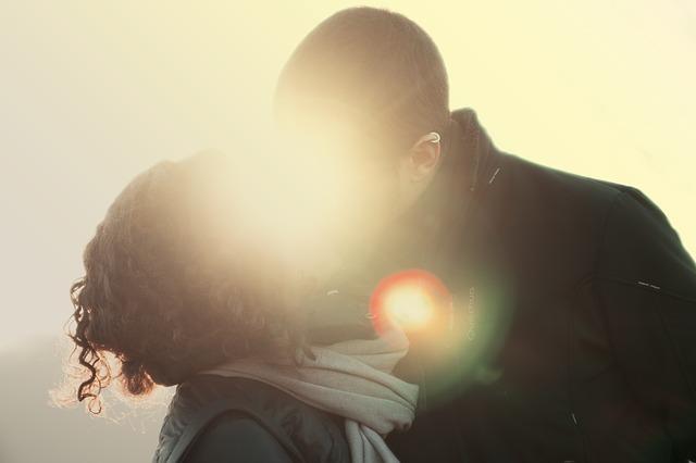 Как влюбить в себя жену: психологические приёмы, советы, ошибки