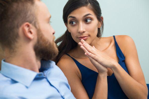 Почему мужчина игнорирует женщину, которая ему нравится: причины