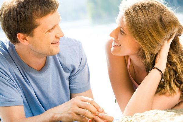 Как влюбить в себя женатого мужчину: 7 запретных правил и советов
