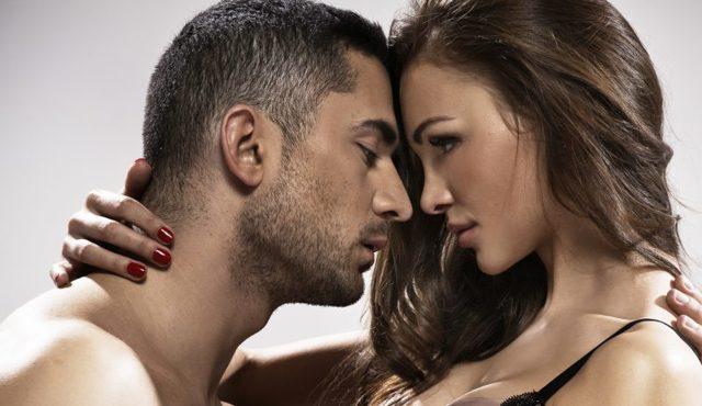 Как возбудить девушку: советы сексологов и проверенные методы