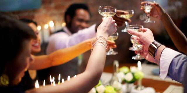 Поздравление с годовщиной свадьбы: в стихах и прозе
