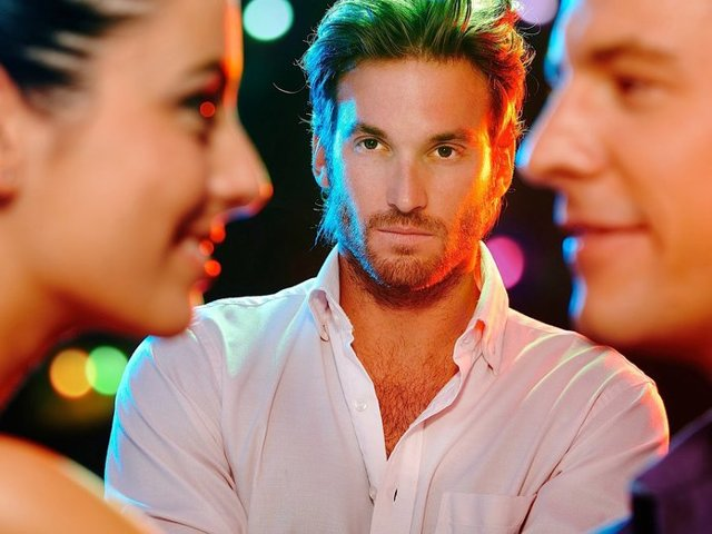Как заставить ревновать любимого: проверенные способы, ошибки
