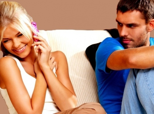 Как перестать ревновать свою девушку: способы и советы