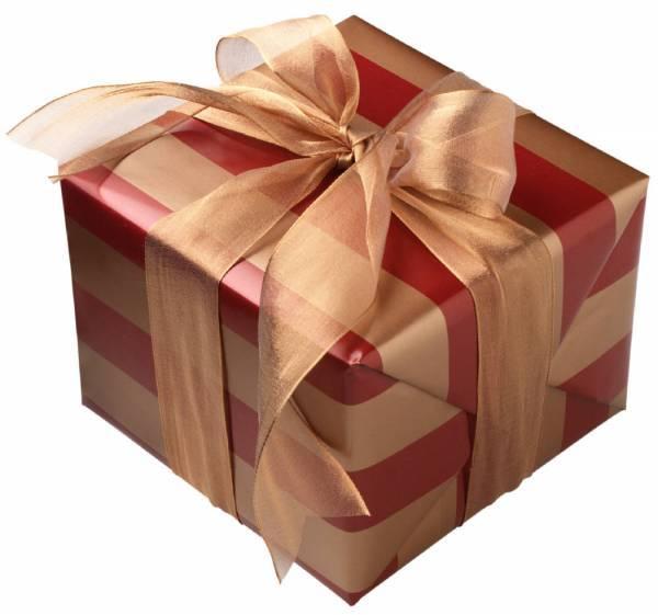 Что подарить любовнику на день рождения: подборка свежих идей