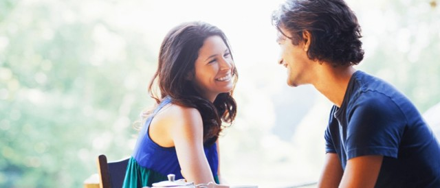 Взгляд влюбленного мужчины: как он выглядит и каким бывает