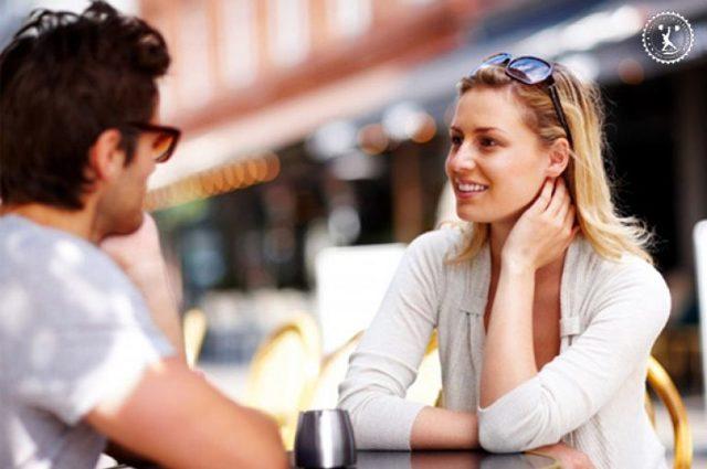 Как познакомиться с девушкой на улице: первые фразы