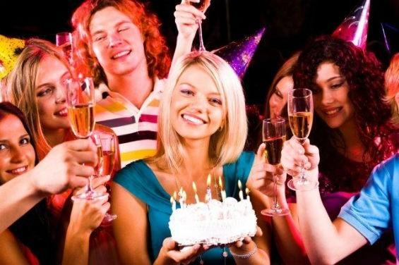 Поздравление с днем рождения бывшей девушке: подборка идей