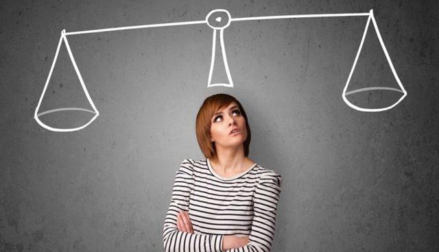 Совместимость женщины-Близнецы: как покорить неуловимый воздух