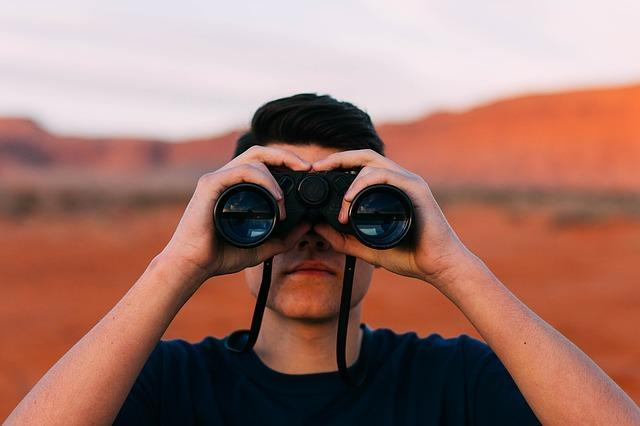 Как понять, что парень ревнует: основные признаки, как себя вести