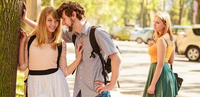 Как заставить ревновать понравившуюся девушку