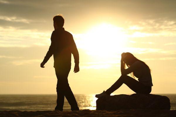 Стадии расставания: какие они, как их пережить после разрыва