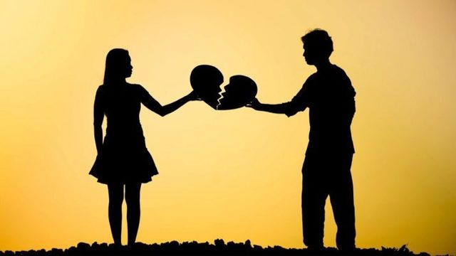Как пережить расставание с девушкой: практические советы психолога