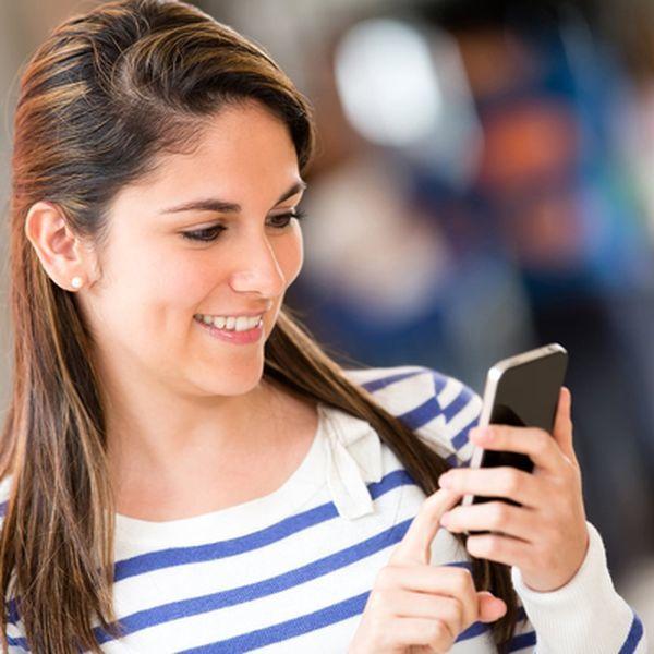 Как начать разговор с девушкой в интернете: правила и ошибки