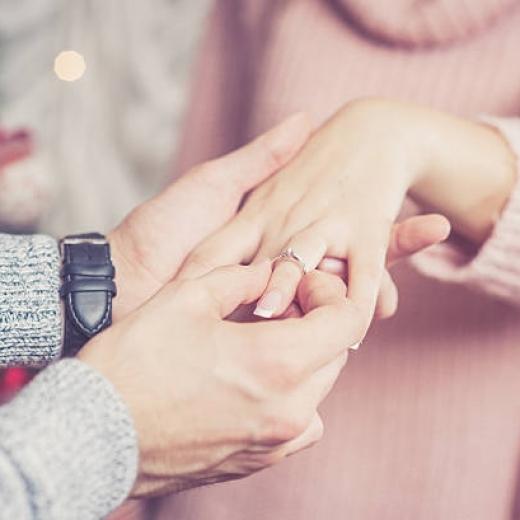 Предложение руки и сердца: правила, выбор места, подборка идей