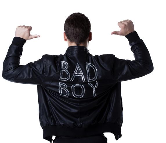 Почему девушкам нравятся плохие парни: особенности психологии