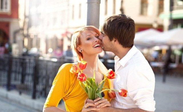 Почему любовник никогда не дарит подарков: ответы психолога