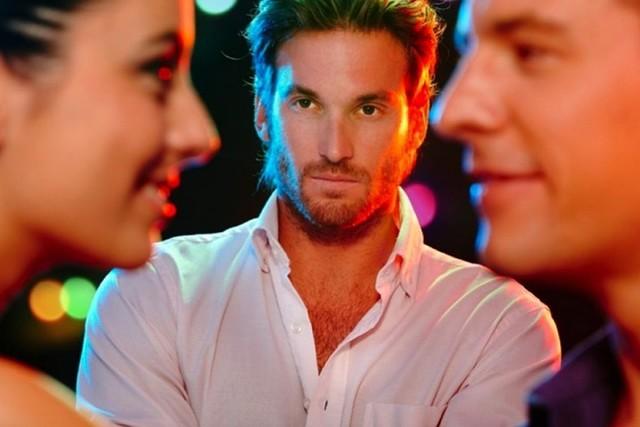 Подборка методов, которые заставят мужчину скучать по тебе