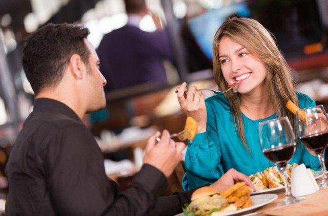 Как вести себя на первом свидании с девушкой: способы понравиться