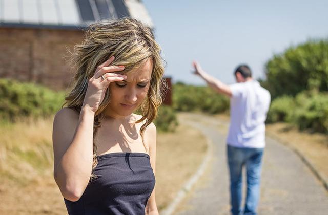 Как поддержать подругу, которая рассталась с парнем: способы
