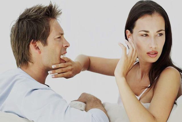 Как перестать ревновать и накручивать себя: причины и избавление