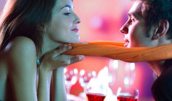Как флиртовать с девушкой: простые приемы и техники