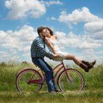 Мужчина старше на 10 лет: почему выбирают зрелых партнеров