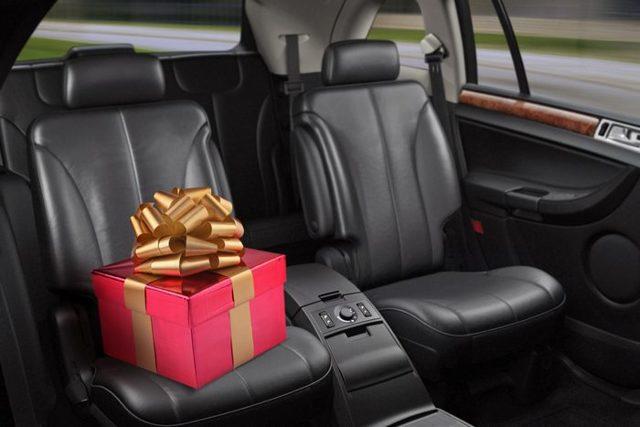 Что подарить на 30 лет мужчине: подарки мужу или другу