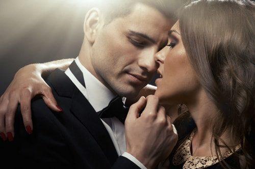 Как влюбить в себя бабника: практические советы для женщин