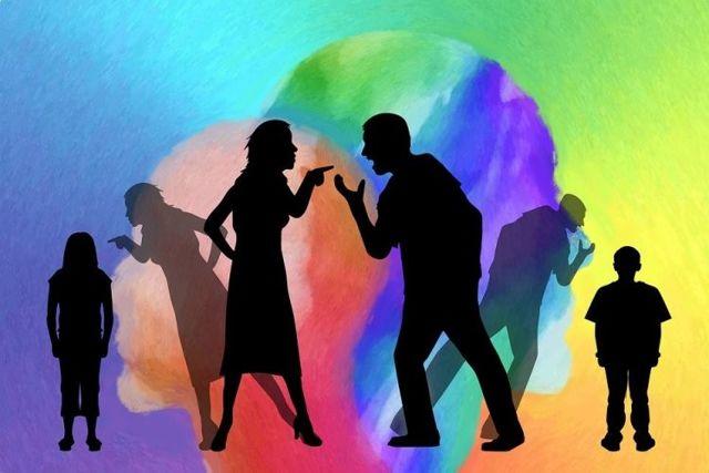 Почему мужчина оскорбляет женщину: причины и мнение психологов