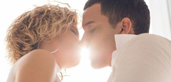 Как целоваться с брекетами: правила и рекомендации