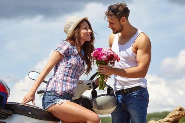 Как ухаживать за девушкой: как действовать и что говорить