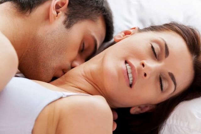 Значение поцелуев: техники и виды поцелуев в разные части тела